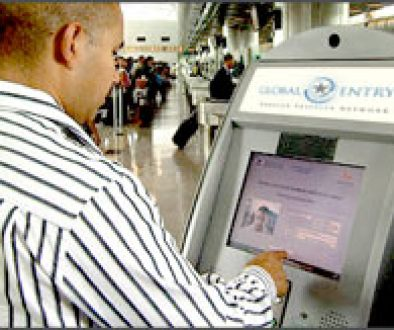 Traveler using a Global Entry kiosk. Image credit: globalentry.gov